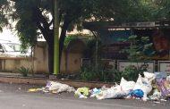 मॉडेल वार्ड संभाजीनगर मद्ये कचरा रस्त्यावर; कचरा समस्या कायम