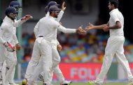 दिवसअखेर श्रीलंकेच्या 2 बाद 209 धावा, मेंडीसचे शतक