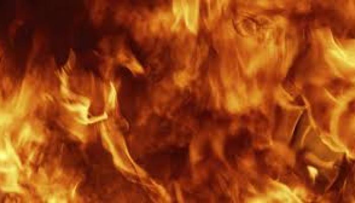 गांजे येथे घराला भीषण आग; सव्वीस लाखाचे नुकसान