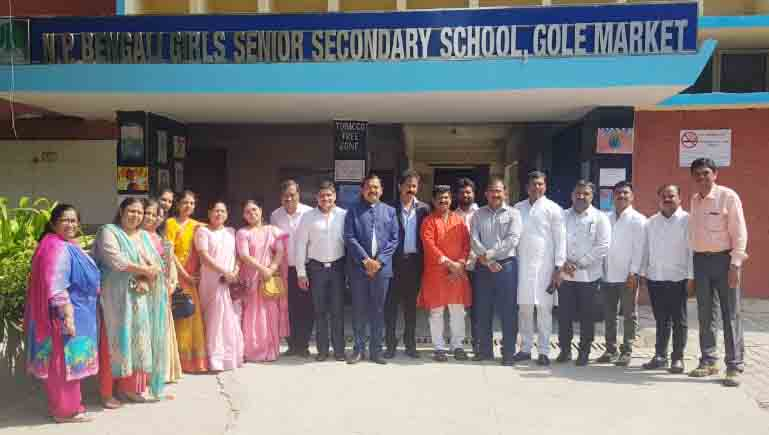 पिंपरी चिंचवड पालिका पदाधिकार्यांचा दिल्ली दौरा : गोल मार्केटमधील बंगाली गर्ल्स सिनिअर सेकंडरी स्कूलला भेट