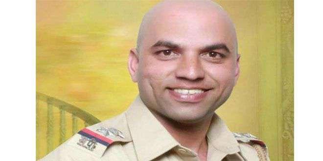 मुंबईतील पोलीस निरीक्षक साजन सानप यांची पुण्यात आत्महत्या