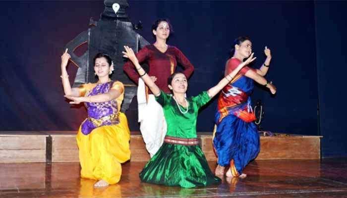 भरतनाट्यम नृत्य नाटिकेतून घडले स्त्री संतांच्या कार्याचे दर्शन