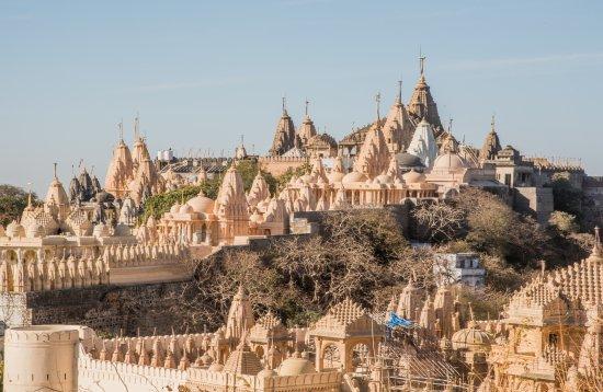 महावीर जयंती :जैन धर्माची लोकप्रिय मंदिरे