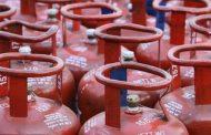 घरगुती विनाअनुदानित गॅसच्या दरात ६२.५० रुपयांनी कपात