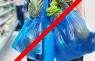 प्लास्टिक वापरणार्या दुकानदारांना दंड