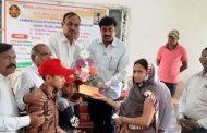 मराठवाडा जनविकास संघाची बुलढाण्यातील शहीद जवानांच्या कुटुंबियांना मदत